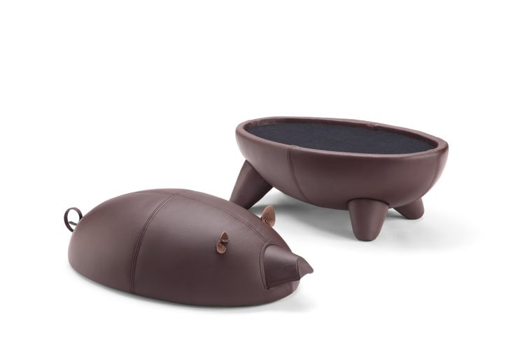 Pig.... pouf table box in leather...