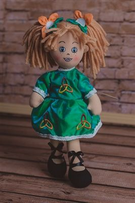 Personalised Irish Dancing Rag Doll. Katie Daly is a beautifully tailored Rag Doll dressed in her Irish Dancing costume and ready to show the world her great Irish Dancing steps. Her dress can be embroidered with any name and she is presented in a beautiful gift box to make her even more special. WowWee.ie | €19.99