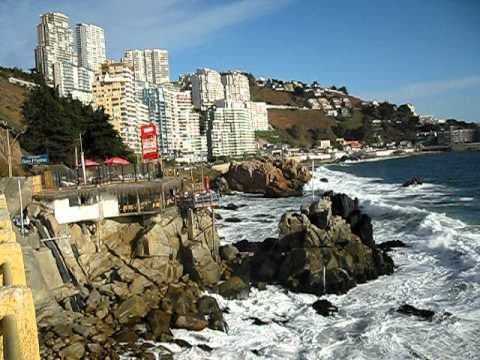 CHILE, VINA DEL MAR, PLAYA SECTOR RENACA