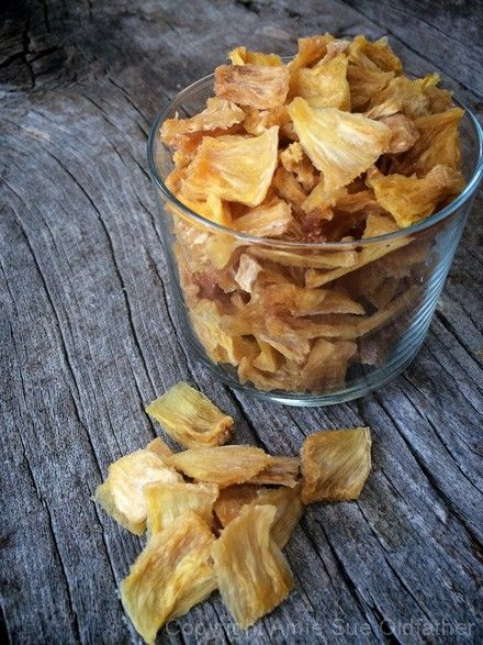 Dried Pineapple (Dehydrator Recipe)  like little slices of crack!!