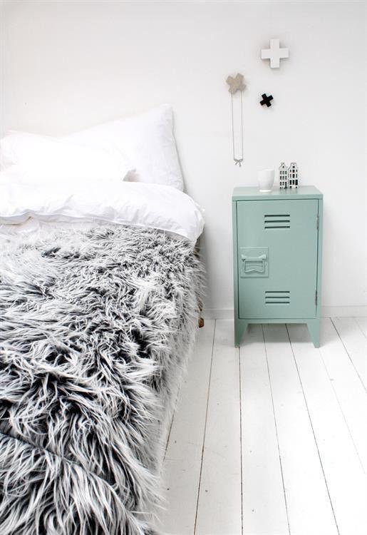 Mesita noche Locker-Style, verde claro