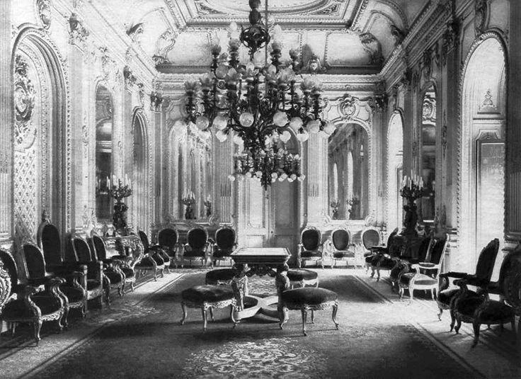 vista sal n de recepciones del palacio de la moneda de. Black Bedroom Furniture Sets. Home Design Ideas