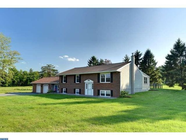 2135 Chestnut Tree Rd, Honey Brook, PA 19344 - Home For Sale and Real Estate Listing - realtor.com®