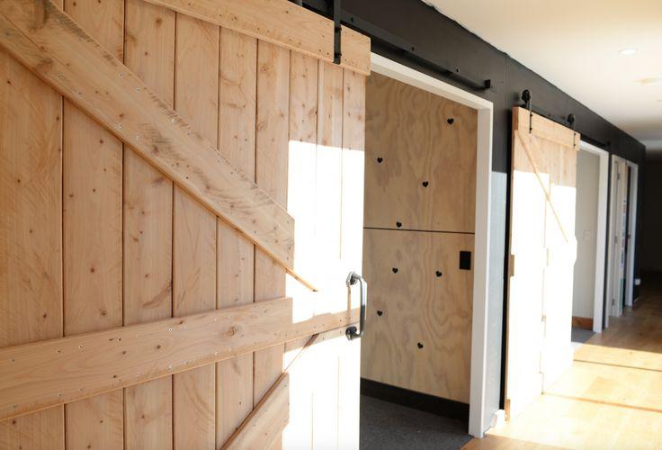 Shotover Terrace - Queenstown (Barn Doors)