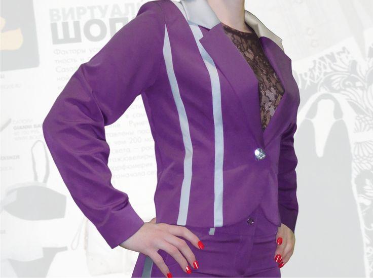 54$ Деловой пиджак для полных девушек с атласным серыми  полосками Артикул 662, р50-64 Пиджаки модные большие размеры Пиджаки женские большие размеры  Пиджаки офисные большие размеры  Пиджаки деловые большие размеры