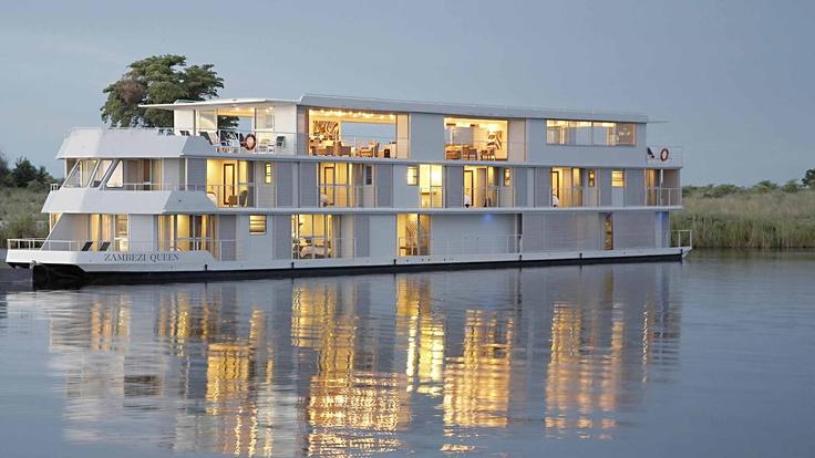 Luxury Yacht, Zambezi Queen, Chobe River, Botswana