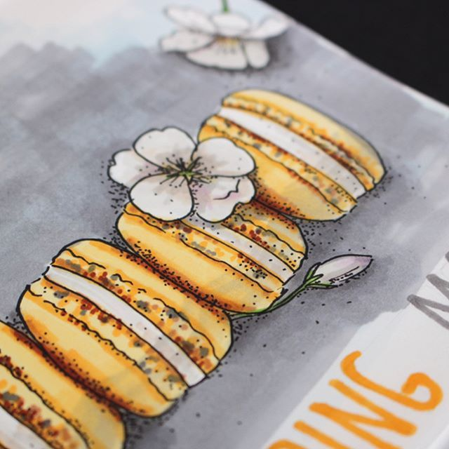 Up close of #yellow #macarons I hope everyone already has a spring mood!