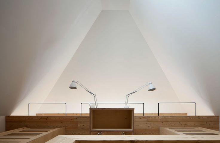 Brambilla Orsoni Architetti Associati, Corrado Tagliabue, Isabella Sassi Farìas · Scuderie del Grumello · Architettura italiana