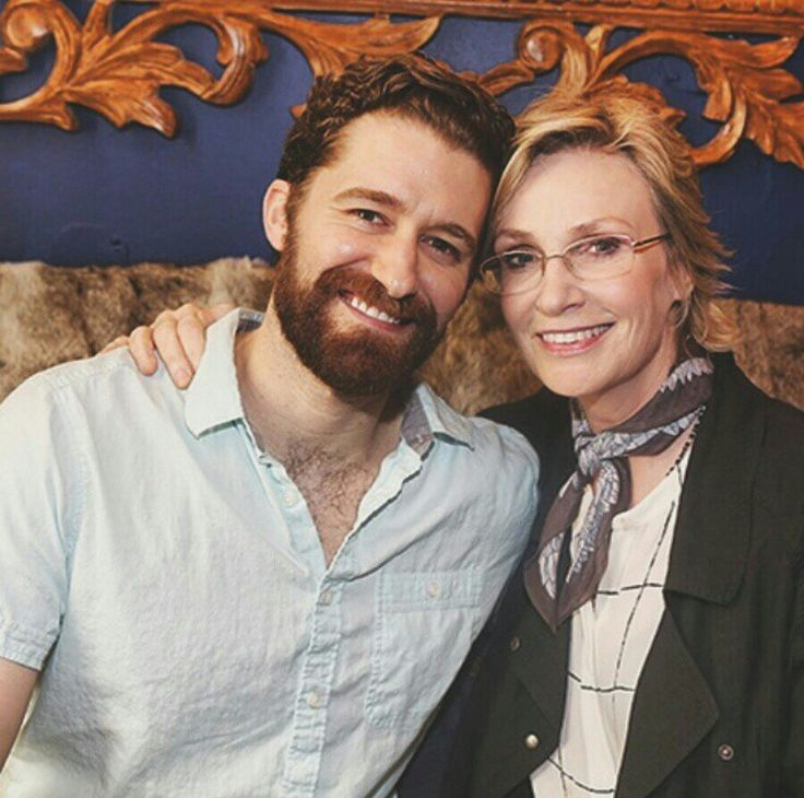 Jane lynch went to see Matthew Morrison in finding Neverland with Jenna ushkowitz and Alex Newell