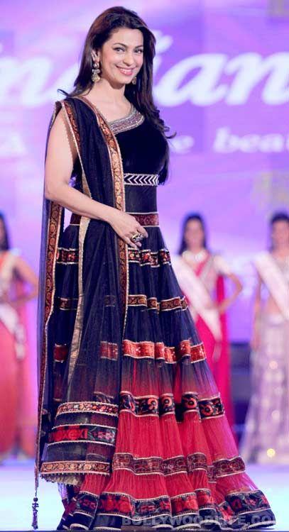 Juhi Chawla and Govinda judge the Indian Princess Pageant! #JuhiChawla