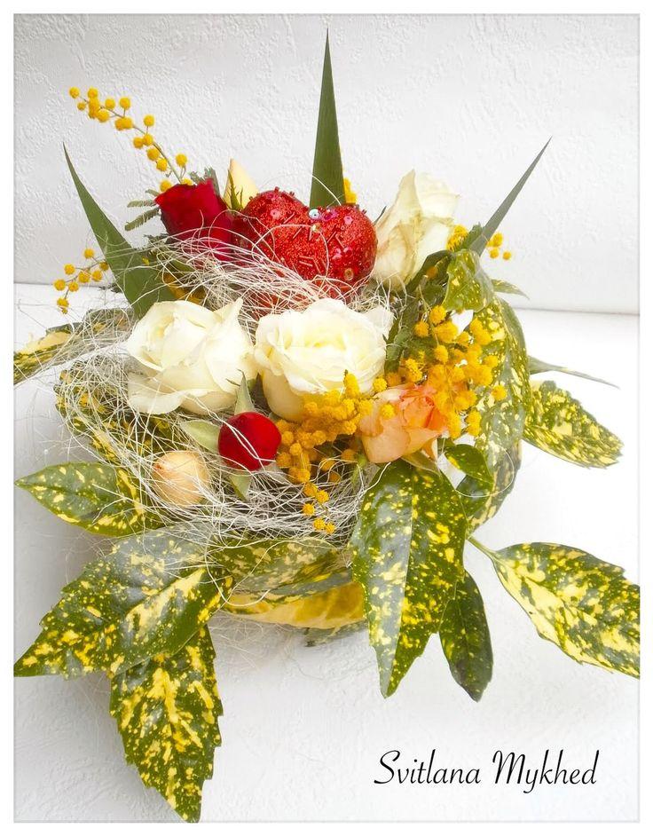 Composition Florale (fleurs vivante) Création unique. : Accessoires de maison par perles-et-couronnes
