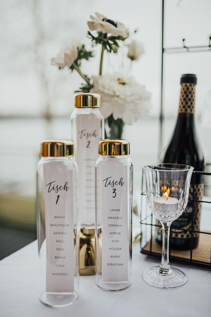 Einzigartige Menükarten für eure Hochzeit. Mit Hilfe einer Glasflasche von Blo… – Fawntastique