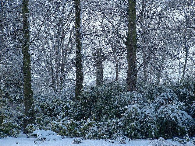 Celtic Cross Duthie Park Aberdeen in the snow