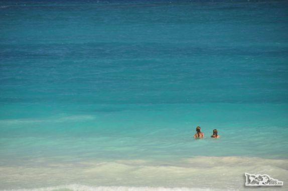 Que bom é estar assim o mar,calmo.
