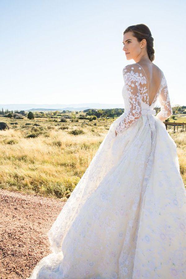 Casamento Allison Williams - Vestido de noiva clássico para casamento campestre - organza com aplicações de renda e saia volumosa