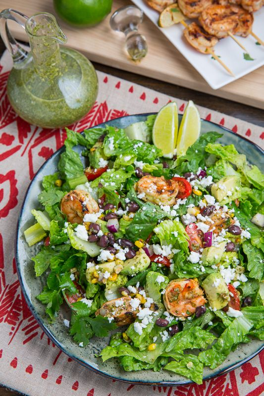 Chipotle Lime Grilled Shrimp Salad in Cilantro Lime Dressing | Add some much needed crunch to your summer with this to-die-for shrimp salad #recipe!
