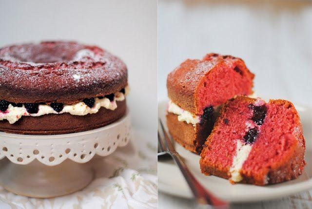 Red velvet cooking & baking: Red velvet cake with blackberries - Red velvet cake s černicami
