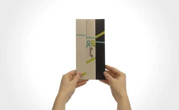 Stampa digitale creativa con stampa in quadricromia fronte/retro con piega a metà. Carta certificata FSC. Prodotto personalizzabile. Spedizione Gratuita. Scarica gratis la template. Visita Ora!  http://mybrochure.it/pieghevoli-020.html#.UcxjJti2_Yk