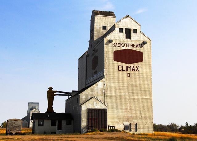 Grain elevator in Climax, Saskachewan