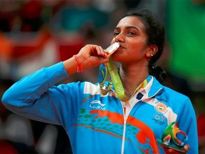 PV Sindhu shines with India's first Olympic silver in badminton Rio 2016