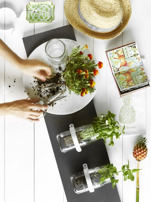 STYLING & POST PRODUCTION Lynda Evans | PHOTOGRAPY © Toby Scott for Real Living Magazine
