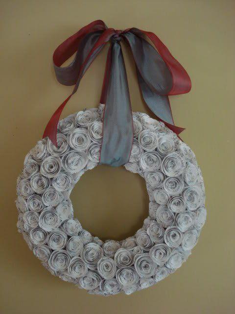 25 Book Page Wreath Tutorials