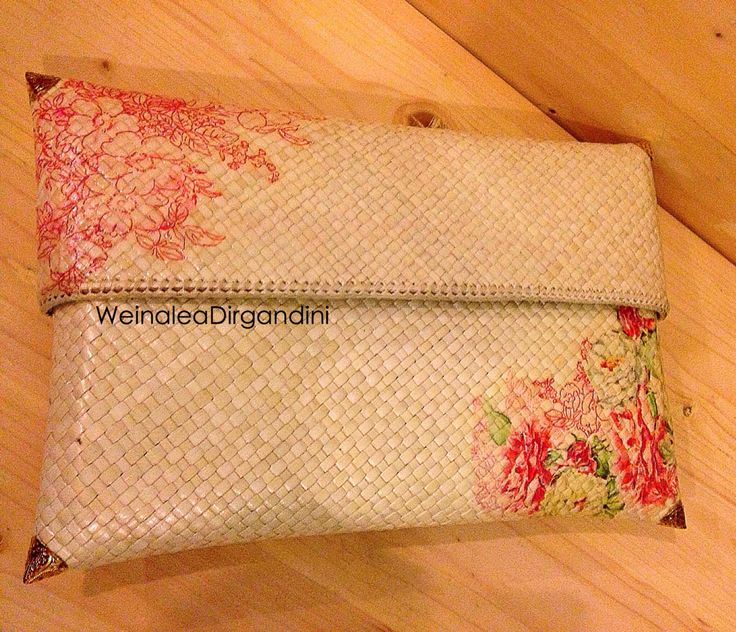 Other side Decoupage Woven clutch