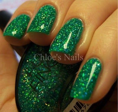 funky fingers - blitzen: Beauty Tips, Fall Winter Nails, Nails Colors, Christmas Nails, Chloe S Nails, Nail Lacquer, Amazing Nails, Nail Art