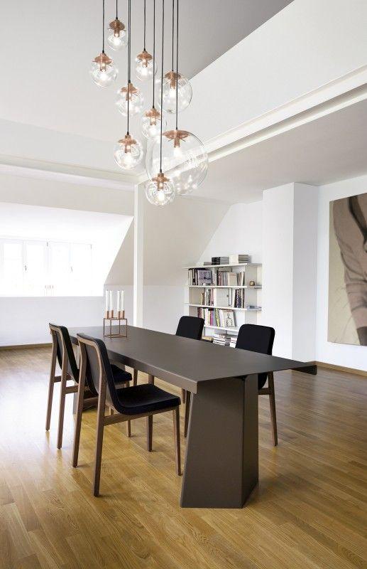 Sedan Chair, Pallas Table, Selene Lights, Paris Sideboard - ClassiCon - interior, living room, dining, Wohnzimmer, Esstisch, Hängelampen, Stuhl, Tisch