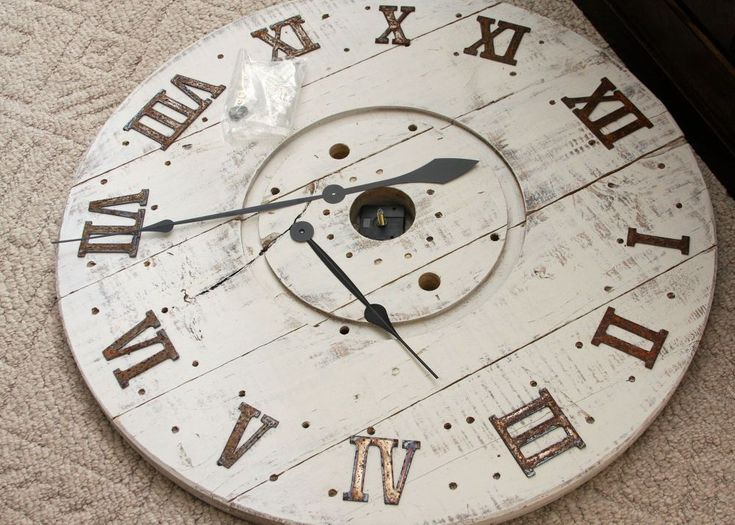 How to turn a cable spool into a stunning wall clock https://www.facebook.com/The-Clock-Shop-114715265257239/timeline/?ref=bookmarks