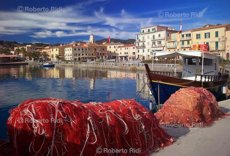 Portoazzurro, Isola d'Elba. Colours Live Here - by Roberto Ridi Photographer
