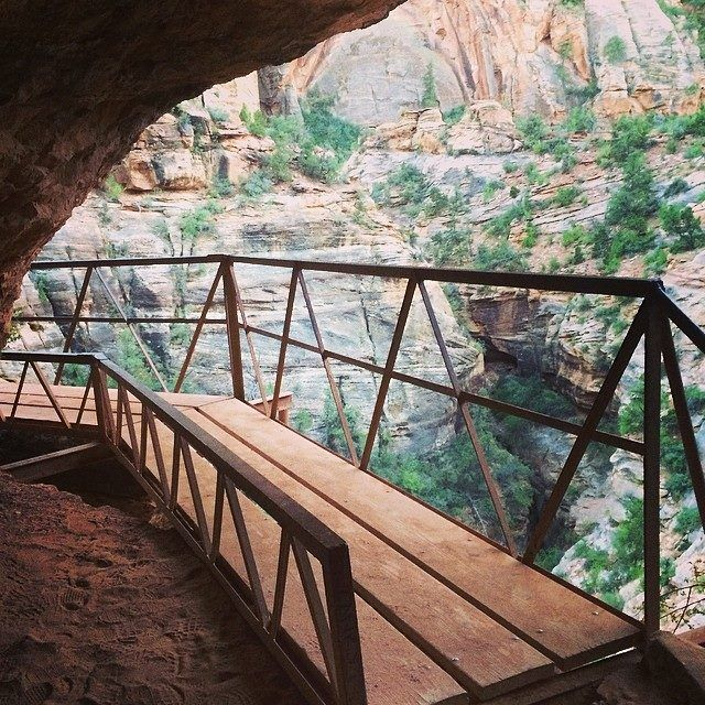 The Secret Treasure of Zion National Park: Canyon View trail! Check it out on Wanderookie!