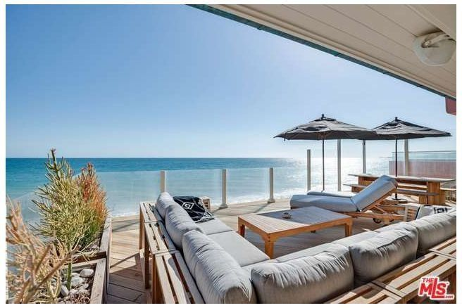 Leonardo DiCaprio Ends 18-Year Relationship With His Malibu Beach House