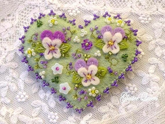 ¬Hand beaded pansy felt pin - these pansies would look beautiful on hair accessories