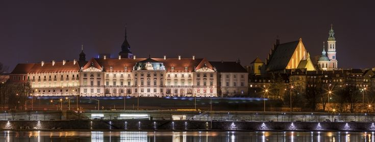 THE ROYAL CASTLE IN WARSAW - MUSEUM The Eastern Facade, phot. J. Jurkowski