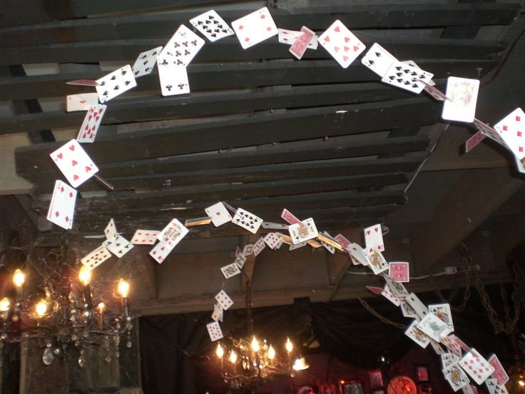 Flying Cards !!