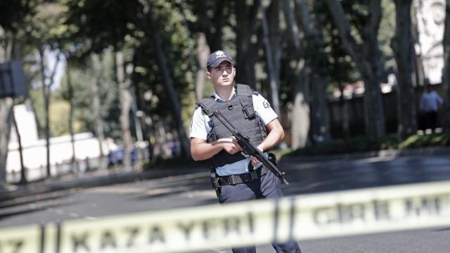Drieduizend ontslagen Turkse agenten weer aan het werk | NU - Het laatste nieuws het eerst op NU.nl