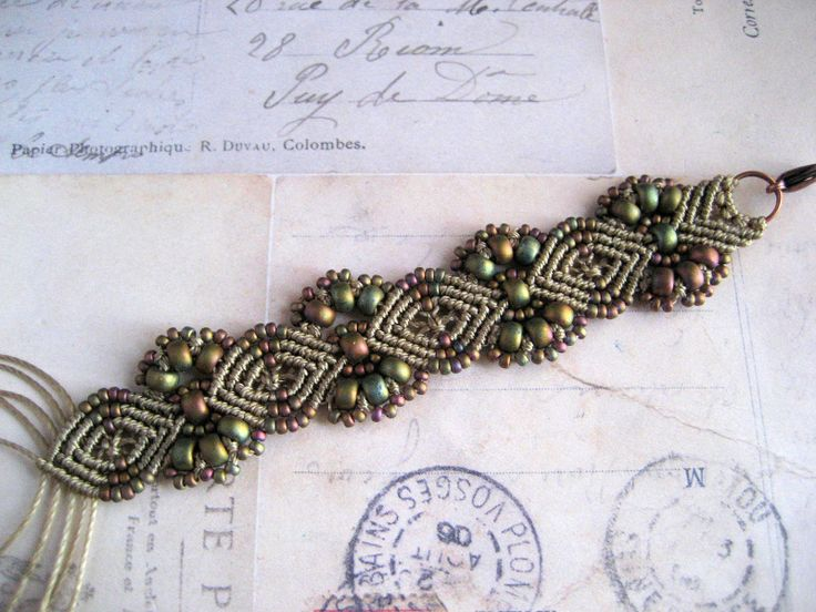 different macrame knots | And now I can't decide which I like best:)