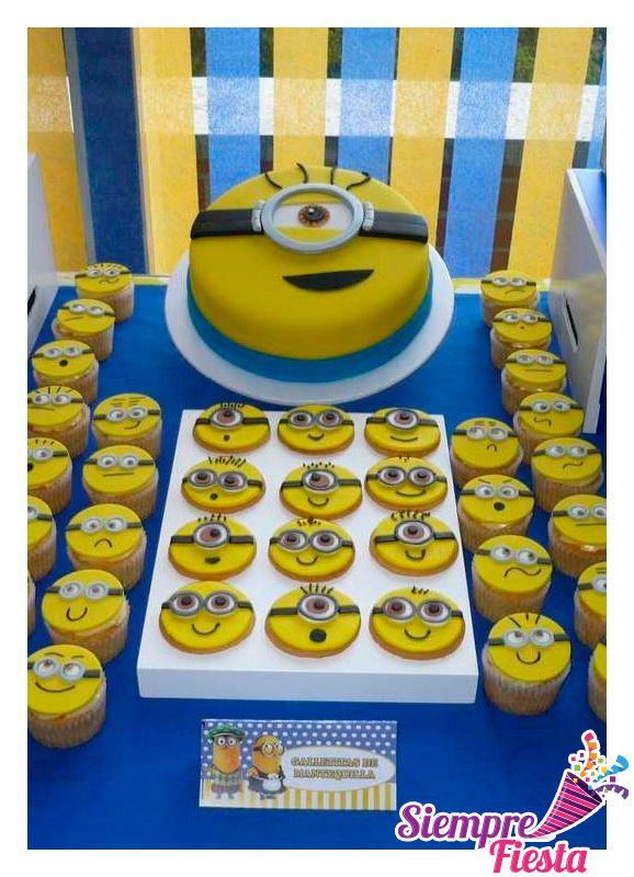 Ideas para fiesta de cumpleaños de los Minions, Mi Villano Favorito. Encuentra todos los artículos para tu fiesta en nuestra tienda online: http://www.siemprefiesta.com/fiestas-infantiles/ninos/articulos-minnios-mi-villano-favorito.html?limit=all&utm_source=Pinterest&utm_medium=Pin&utm_campaign=Minions