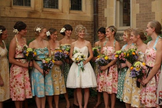 pinning because crazy.     Mismatched Bridesmaid Dresses and floral Bridesmaid Dresses 560x373 Mismatched Bridesmaid Dresses {Fun & Fabulous Wedding Trends}