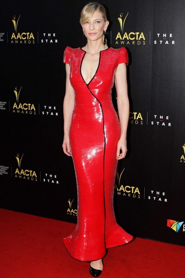 Cate Blanchett in Armani on the 2nd AACTA Awards red carpet.