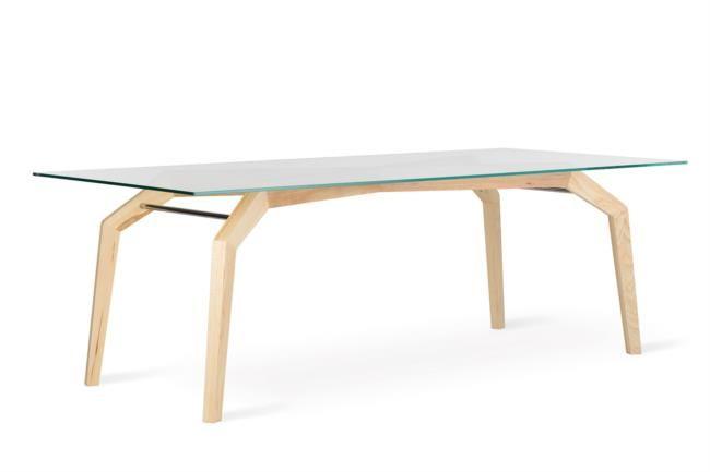 Tavolo di design in legno e vetro lungo quasi tre metri