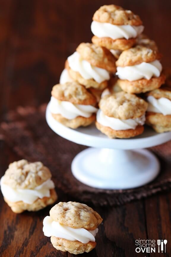 Mini Oatmeal Creme Pies from Gimme Some Oven www.inkatrinaskitchen.com #BringtheCOOKIES