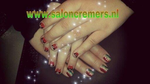Carnaval nagels ook voor kids nails nail art lady bug lieveheersbeestje rood geel groen