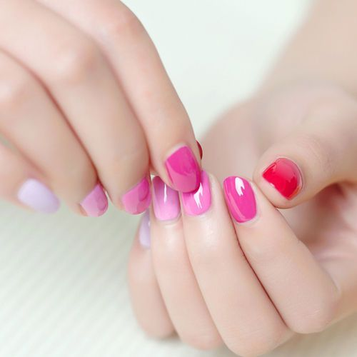 Ombre pink nails