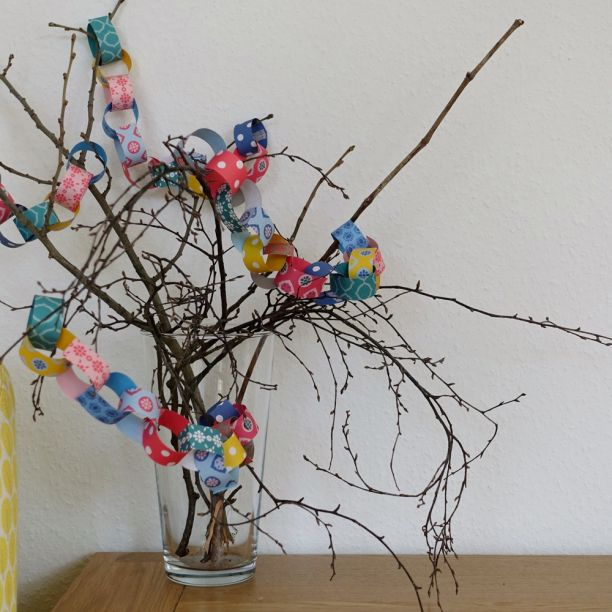 Mini colourful paper garland