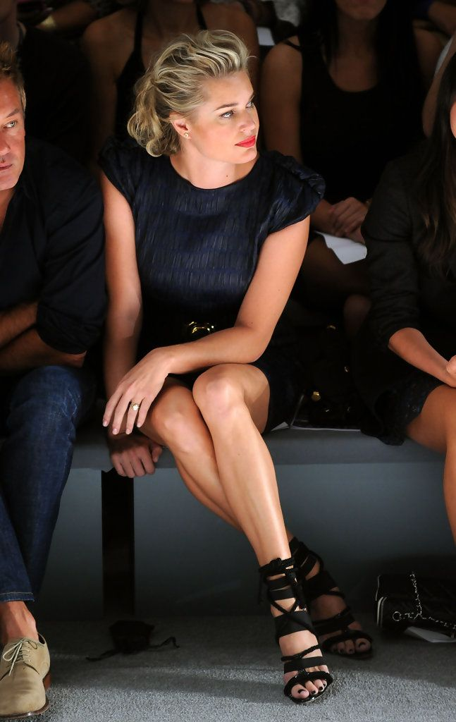 Rebecca Romijn Photos: Cynthia Rowley - Front Row - Spring 2011 MBFW