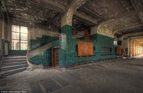 Creepy Abandoned Schools | Here's The Most Terrifying School On The Planet. Seriously, Nightmares ...