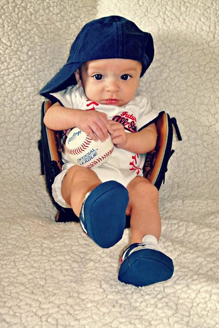 Baby baseball picture