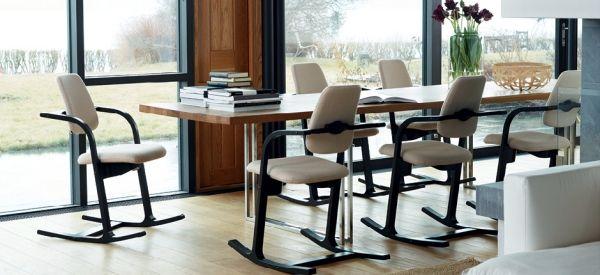 Esszimmer Möbel vermitteln eine vertraute Atmosphäre–Stühle ...